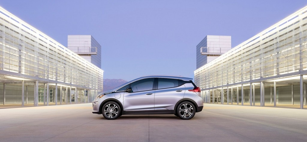Chevrolet-Bolt_EV_2017_1600x1200_wallpaper_03