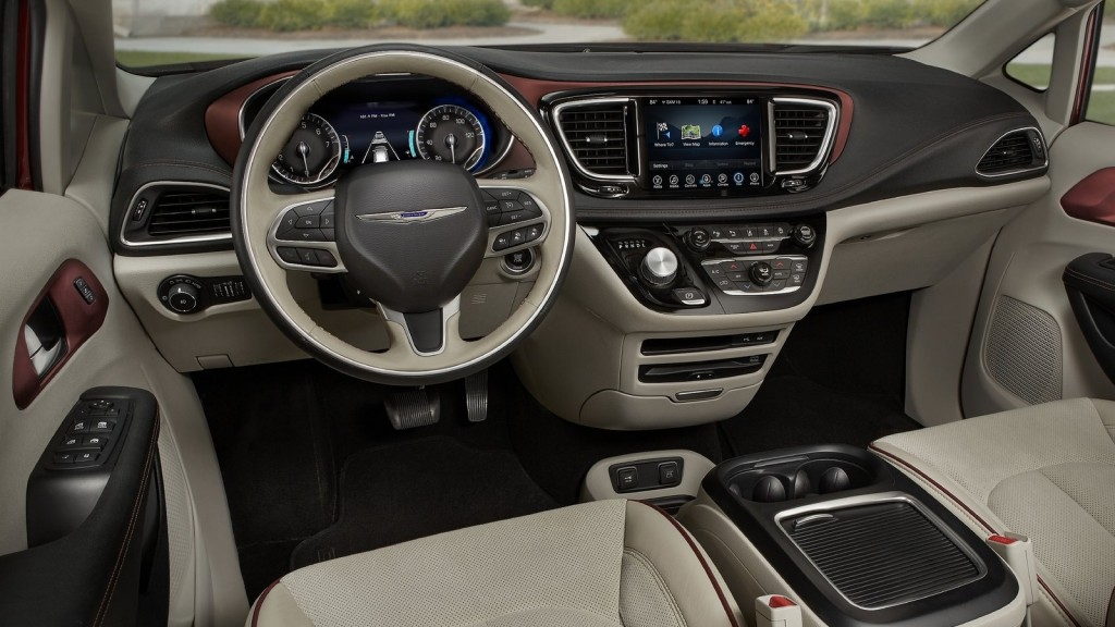 Chrysler-Pacifica_2017_1600x1200_wallpaper_1f