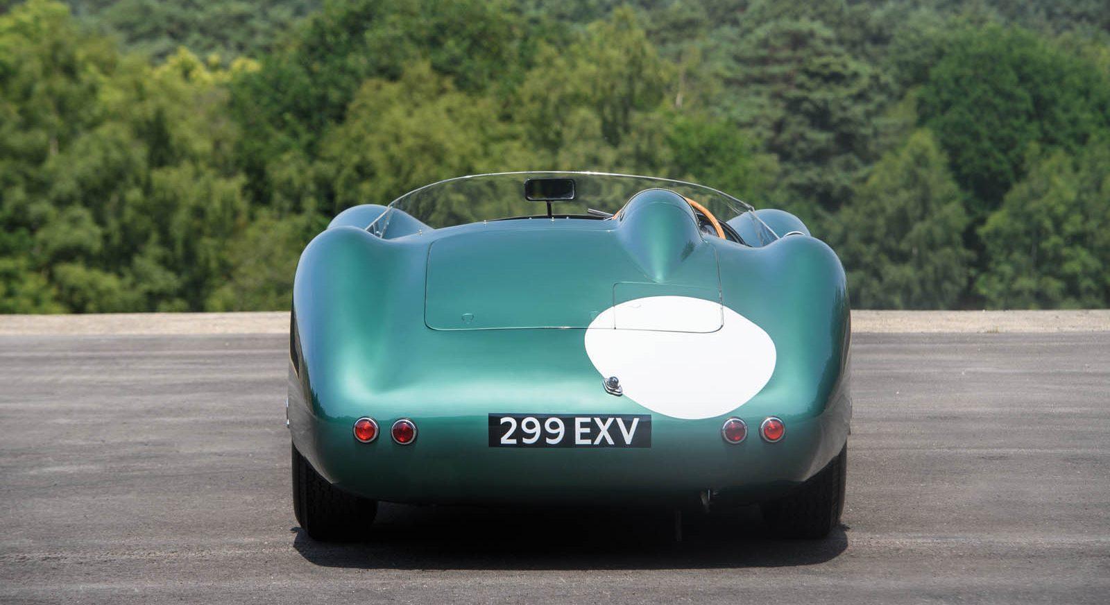 1956-Aston-Martin-DBR1-MO17_r159_007