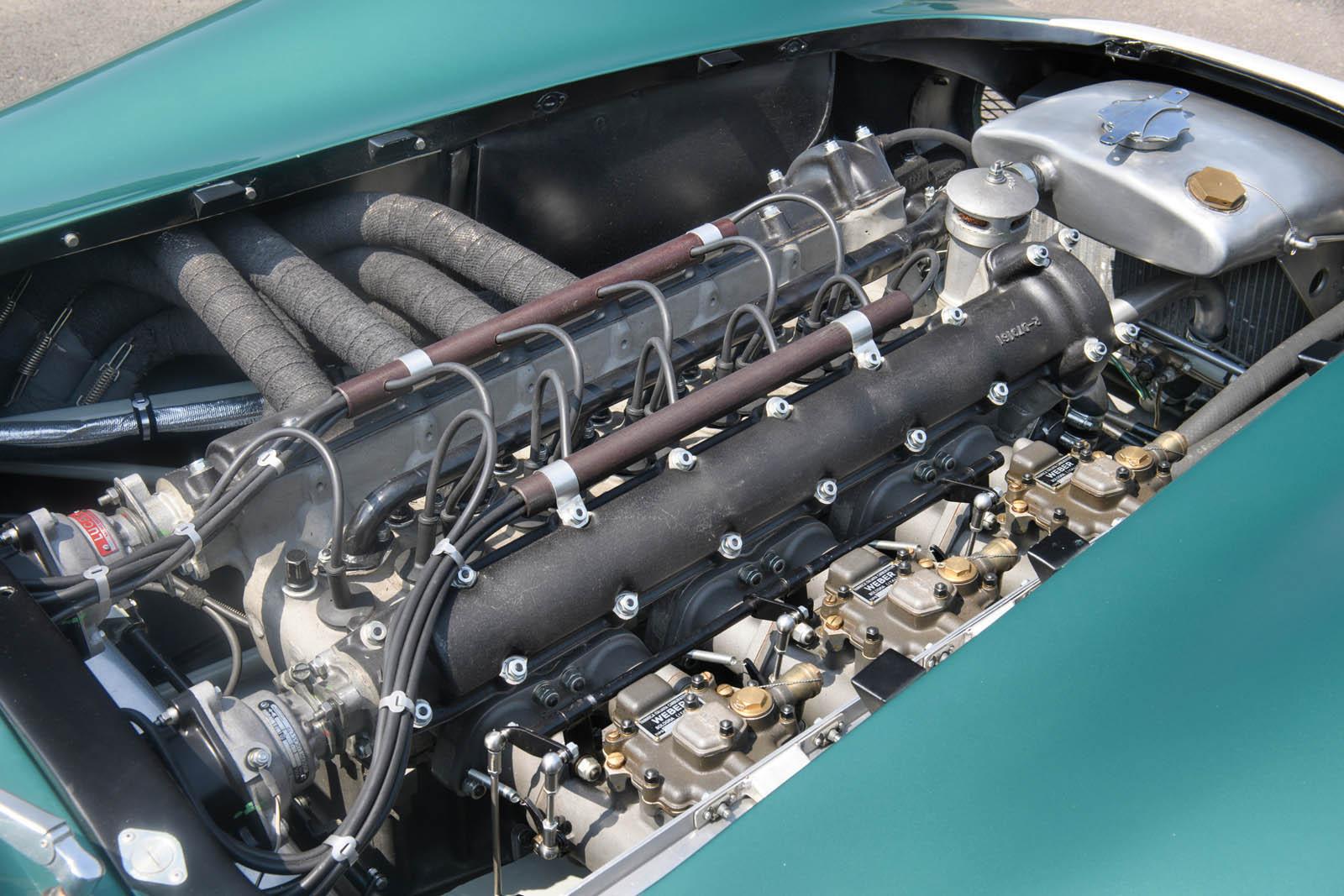 1956-Aston-Martin-DBR1-MO17_r159_031