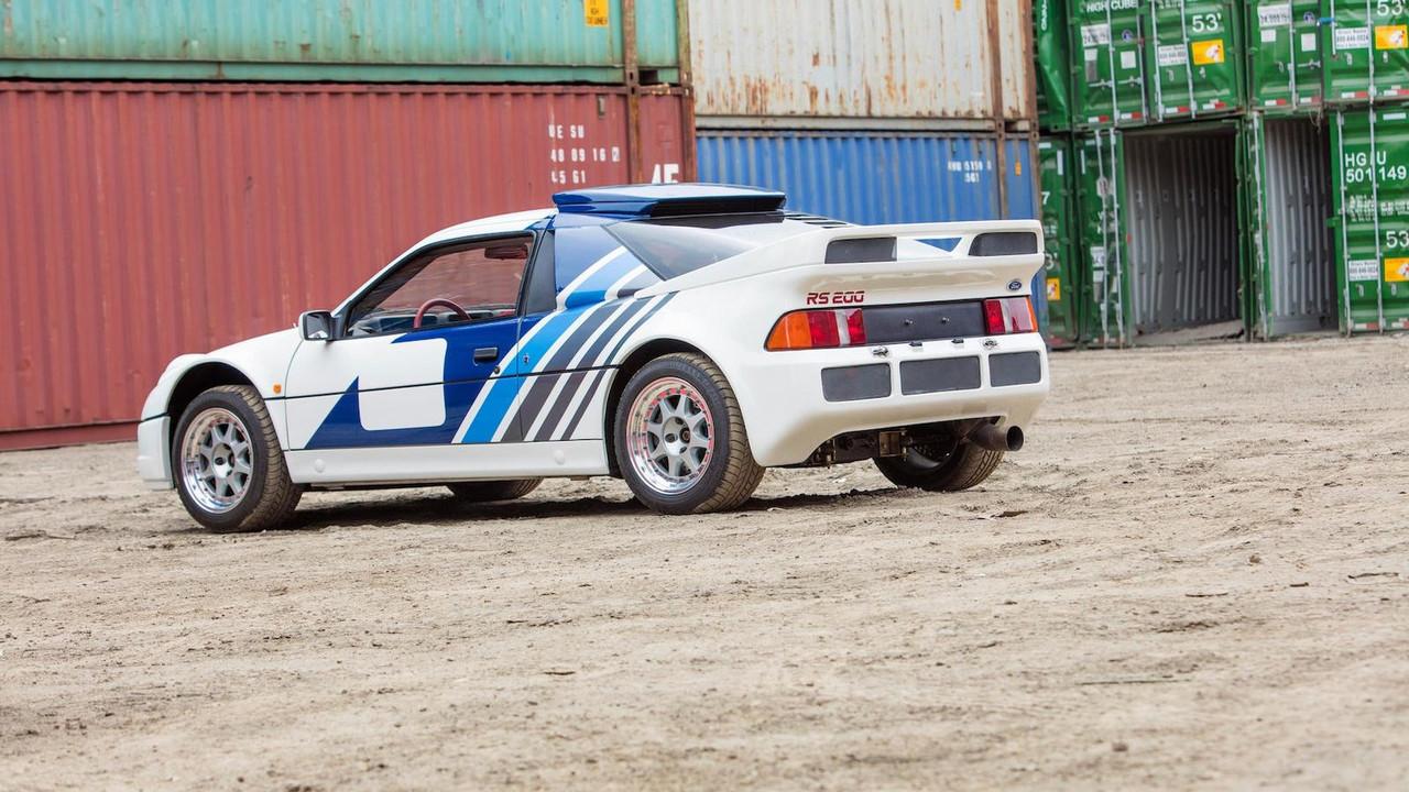 1986-ford-rs200-evolution (1)