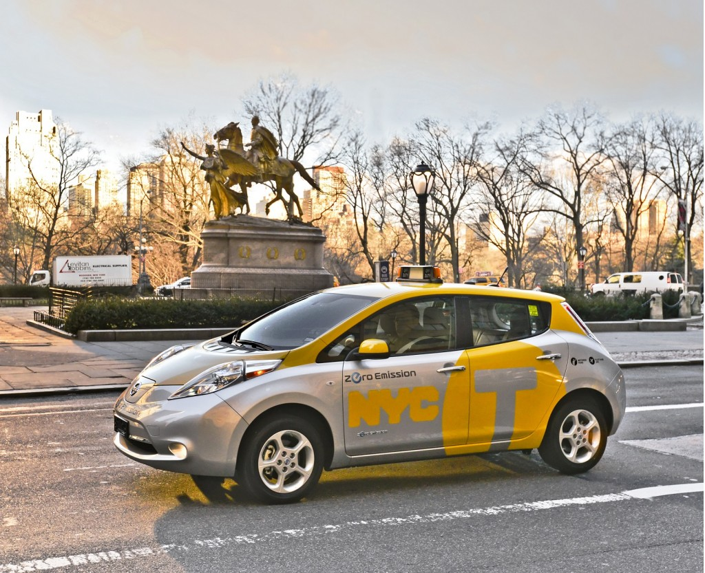 2013-nissan-leaf-electric-car-tested-as-taxi-in-new-york-city-april-2013_100425661_l