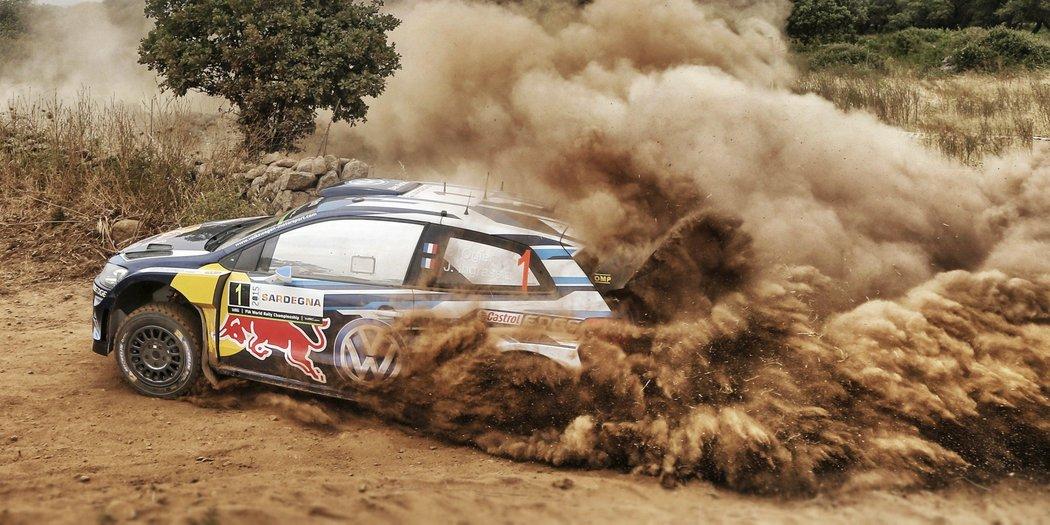 rally-italy-2015-ogier-dust.jpg