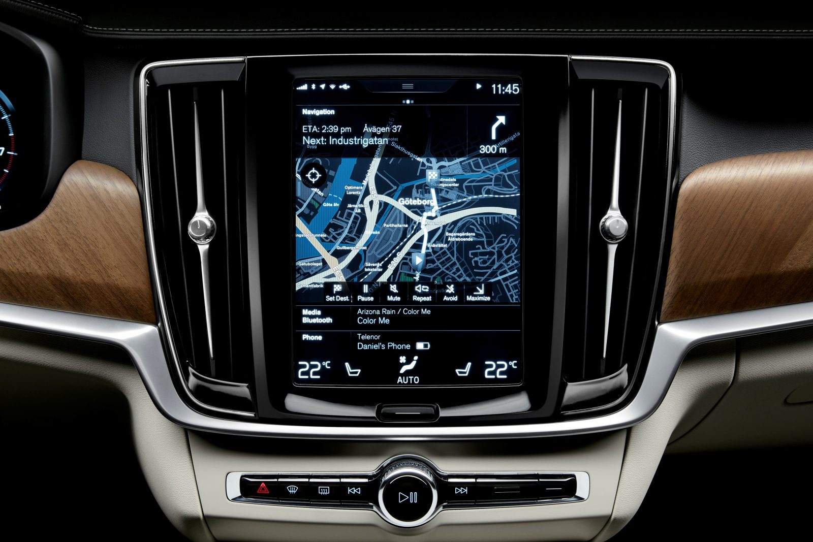 Interior centre display and air blades Volvo S90/V90