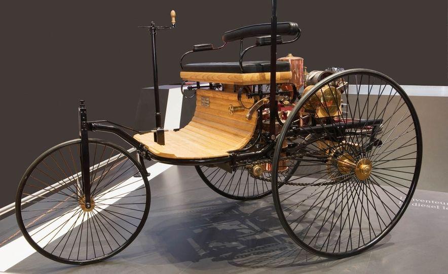 1886-Benz-Patent-Motorwagen-103