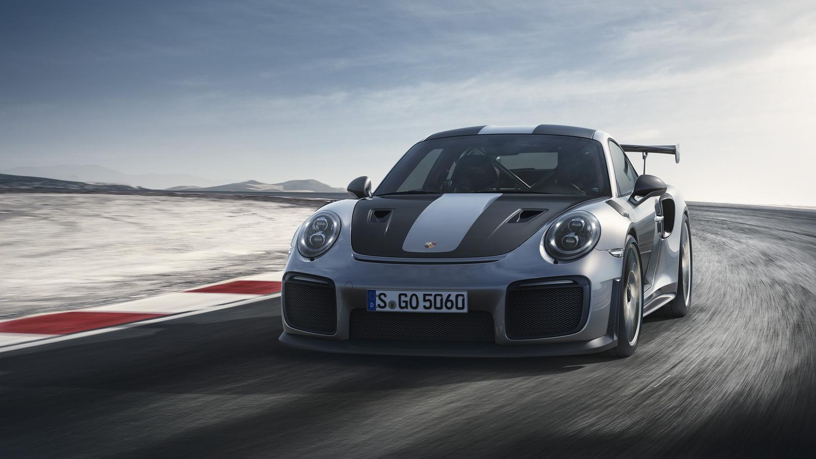 2018-Porsche911GT2RS-02