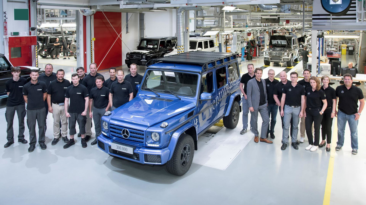 300000th-mercedes-benz-g-class (2)