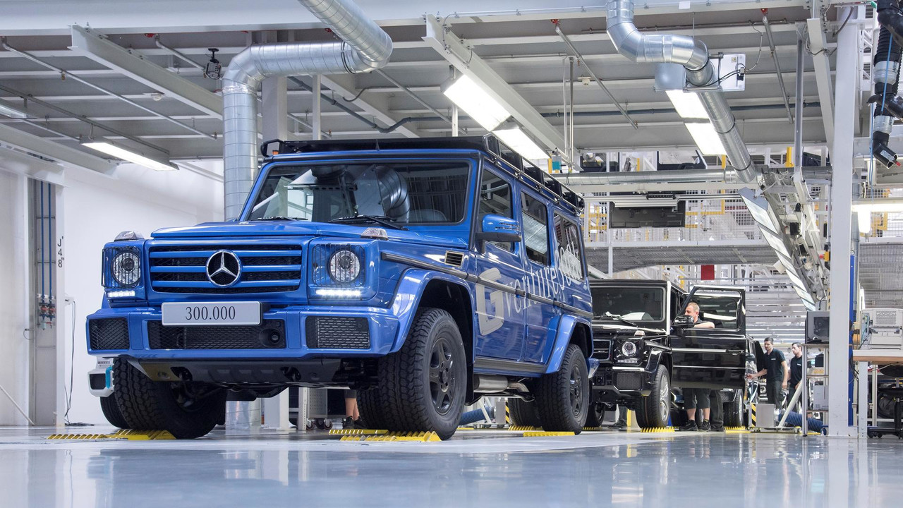 300000th-mercedes-benz-g-class (3)