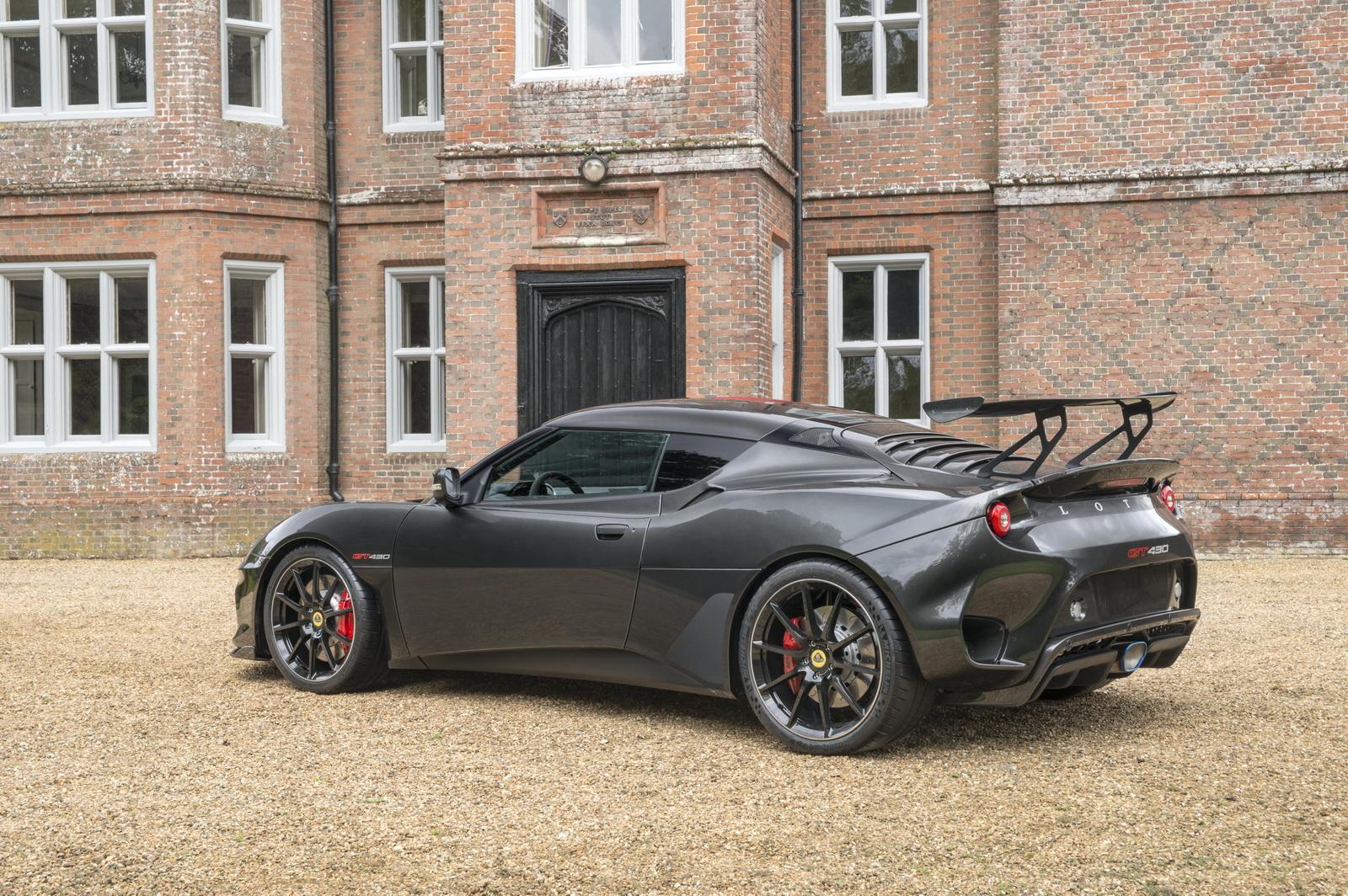 Lotus-Evora-GT430-04