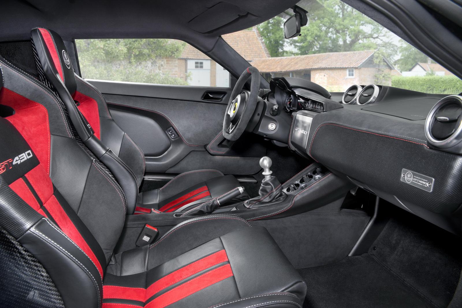 Lotus-Evora-GT430-12