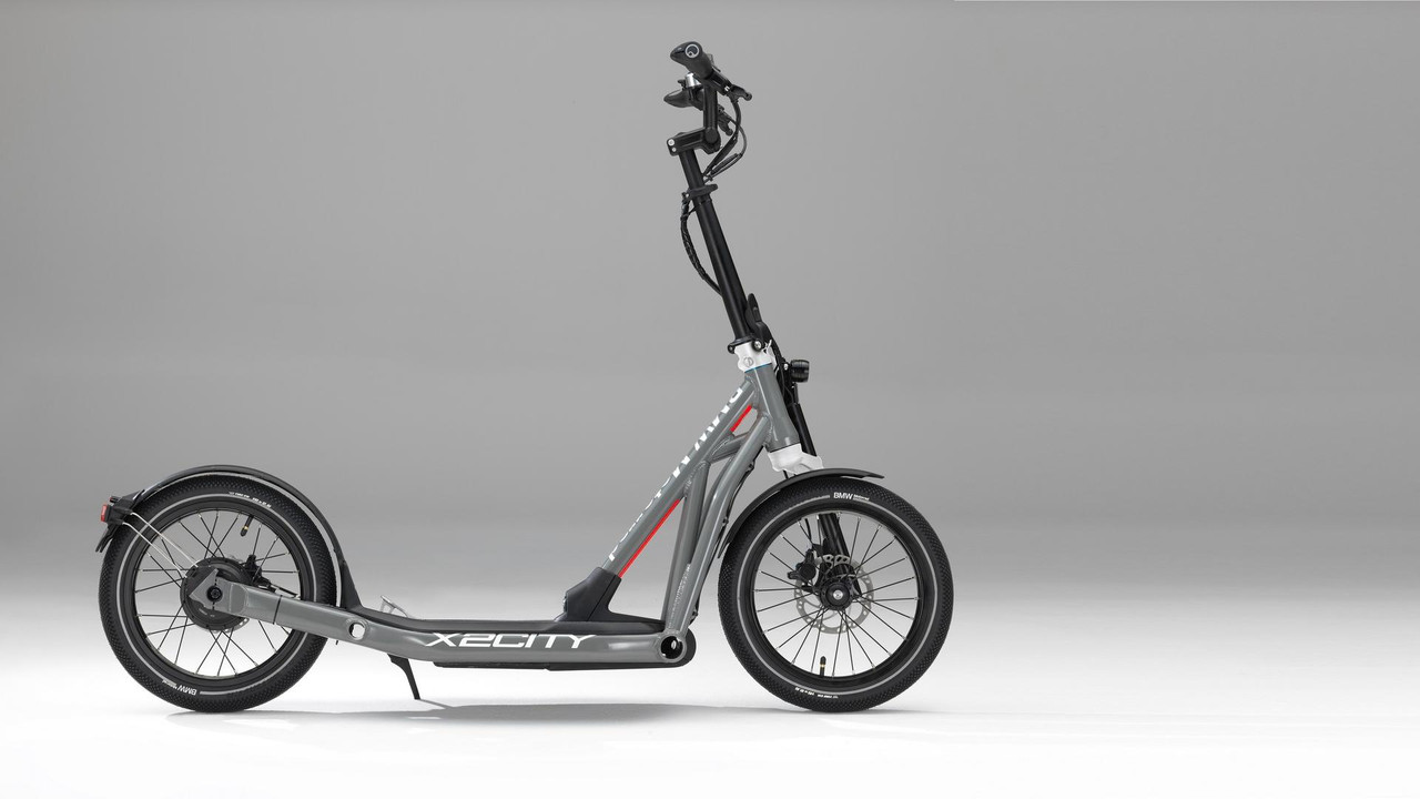 bmw-x2city-kick-scooter-with-electric-drive