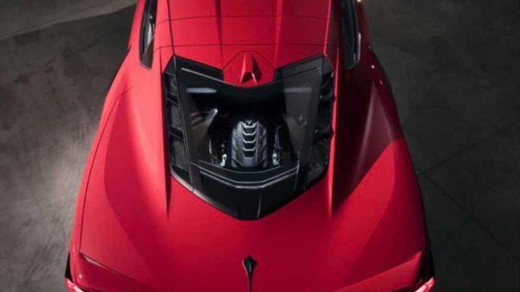 νέα Chevrolet C8 Corvette Πίσω από τα δύο καθίσματα της βρίσκεται ο 6,2 λίτρων V8  LT2 κινητήρας.